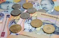 Curs valutar: Dolarul scade, euro si francul elvetian cresc