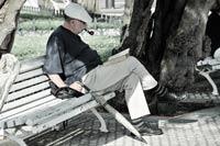 Fumătorii trec în defensivă – Ajung să facă o alegere între fumat și sănătatea lor