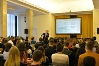 La targul Angajatori de TOP Bucuresti, interviurile se fac pe loc
