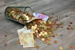 Cum sa reduci din cheltuielile casnice si sa economisesti bani
