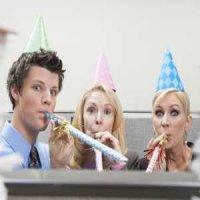 (P) O petrecere la birou unde angajatii se simt bine? Da!