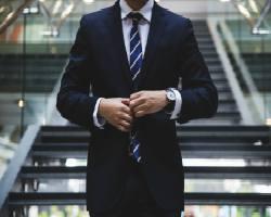 Despre notiunea de leadership si care sunt principalele valori dobandite si respectate de un lider bun