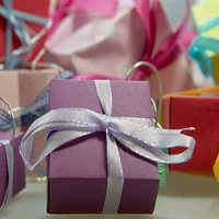 Cadourile, o presiune financiara in aceasta perioada - solutiile practice si avantajoase vin de la Gift Express